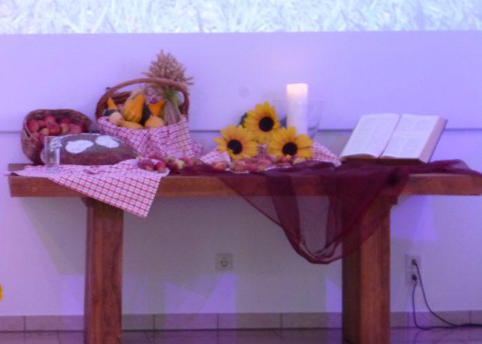 4 Erntedank Altar